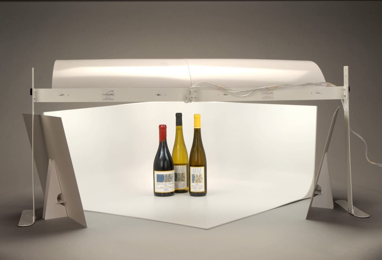 MyStudio PS5 Portable Table Top Photo Studio Lightbox Bonus Kit with 5 Colored Backgrounds and Two 9 x 12 White Bounce Card Reflectors