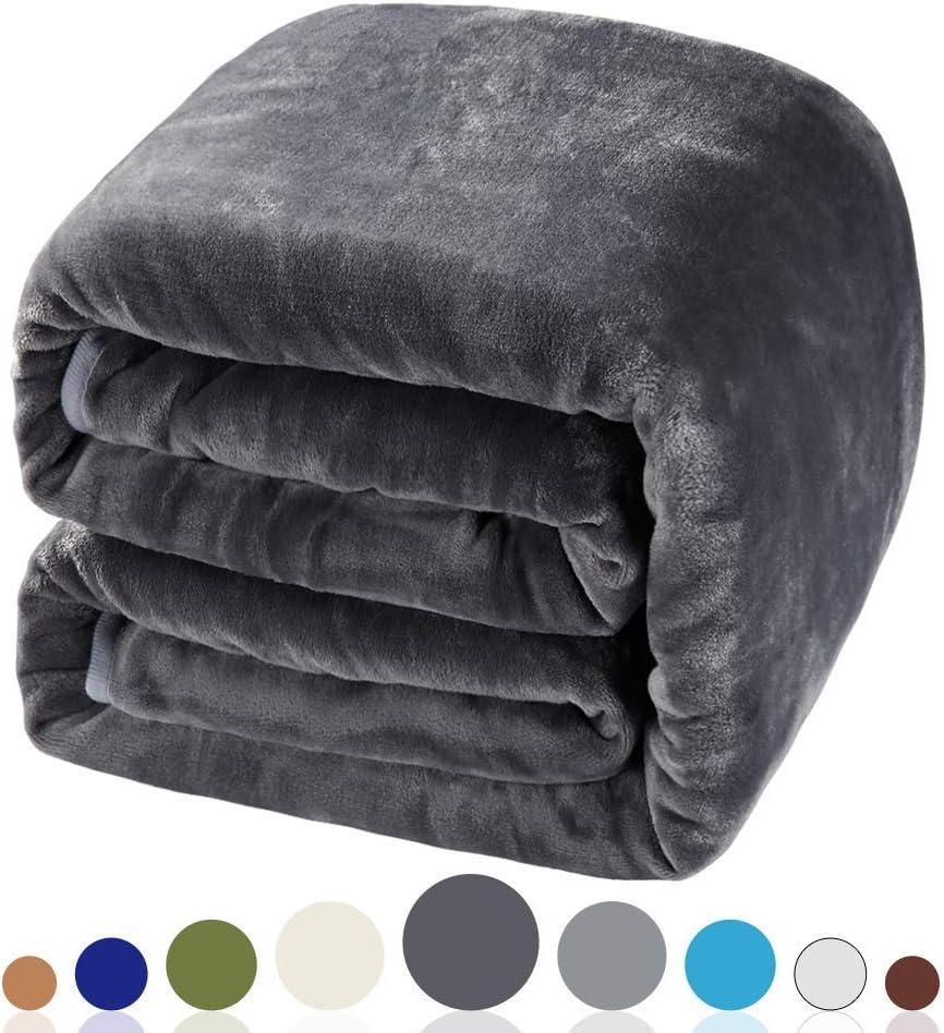 2. Balichun Luxury 330 GSM Fleece Blanket