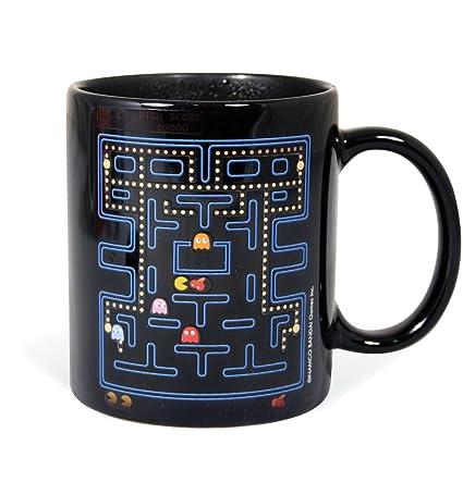 A buon mercatoTazza con manico Pacman sulla vendita