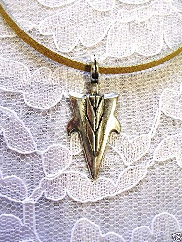Arrows Spiked (Spiked Arrowhead USA Pendant 20 CAMO Necklace)