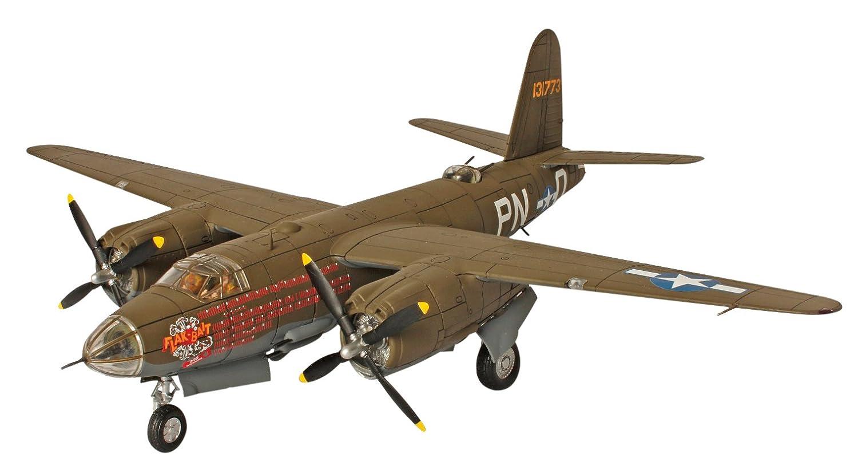 UNIMAX 1/72 B-26B マロウダー アメリカ軍 ベルギー 1945 完成品 B00A45EL6A