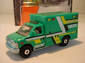 Matchbox Cars Mbx Heroic Rescue Ford E 350 Ambulance Mbx County Ems Medic Rare Short Card Amazon Co Uk Toys Games