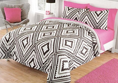 "Dovedote Q Geo Aztec Reverse to Cozy Plush Comforter Set Bed in a Bag, Queen, Black/Gray - Twin Set Includes: Comforter (66"" X 86"") And 1 Standard Sham (20"" X 26"") Full/Queen Set Includes: Comforter (86"" X 90"") And 2 Standard Shams (20"" X 26"") Grey Color C Ozy Plush Fabric In The Backside, - comforter-sets, bedroom-sheets-comforters, bedroom - 61VireLye5L -"