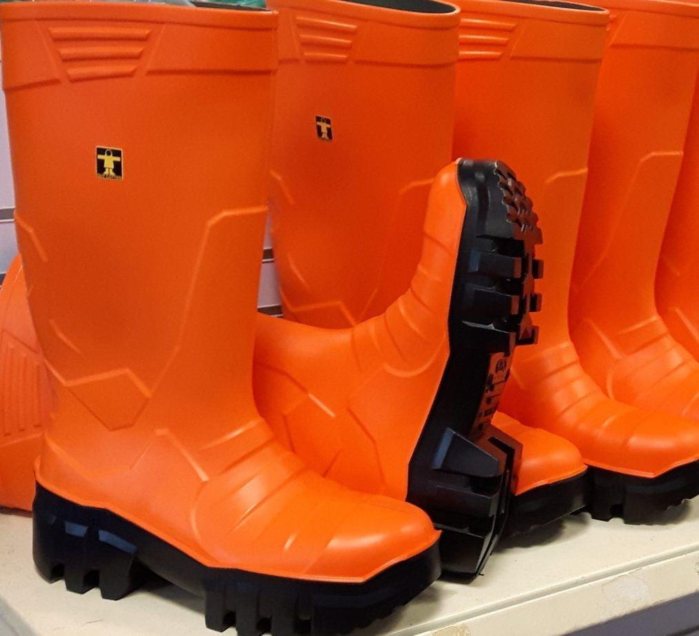 b4ec673989d Guy Cotten GC Thermo Boot - Orange - SIZE UK 9/US 10/EU 43: Amazon ...