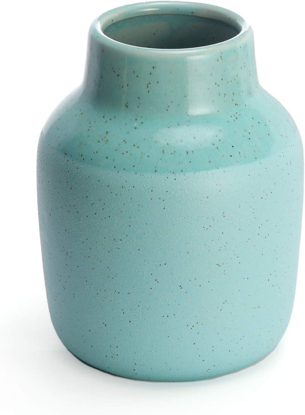 Amazon Com Ceramic Vase For Home Decor Teal Flower Vases For Shelf Mantle Or Table Elegant Living Room Decorations For Tables Decorative Home Accents And Unique Centerpieces Kitchen Dining
