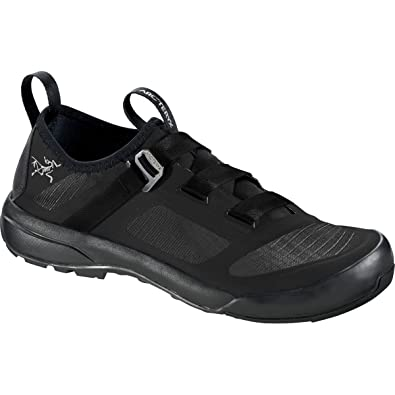 Arc'teryx Men's Arakys Approach Shoe - Black/Black - 9