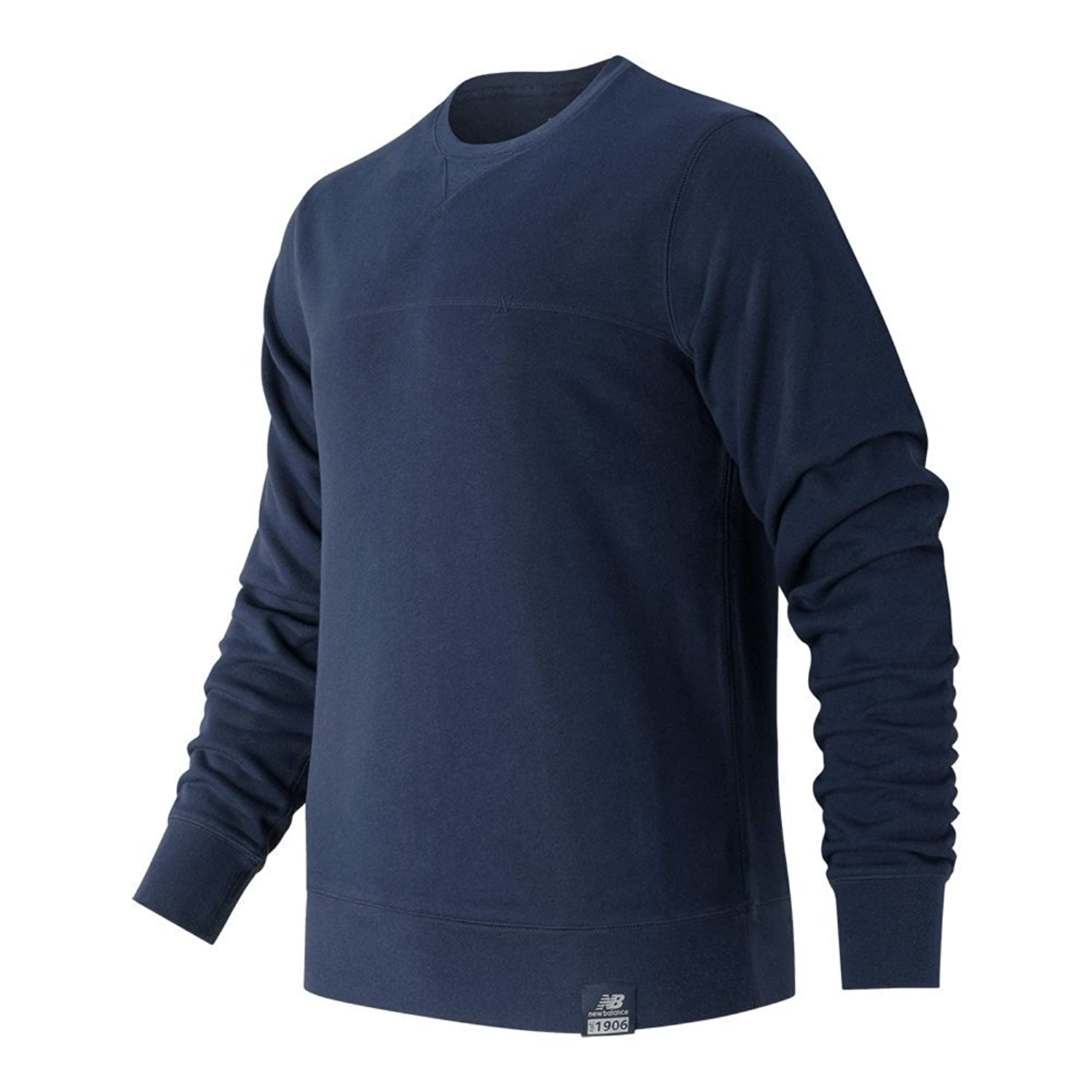 e792790c51793 New Balance Men's Essentials Plus Crew Neck Sweatshirt: Amazon.co.uk ...
