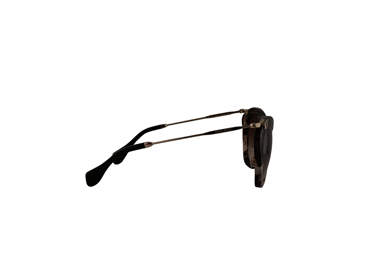 15fc5995e0b Miu Miu MU10NS Sunglasses Opal Ivory Havana w Brown Gradient Lens UAO0A6  SMU10N MU 10NS SMU 10N  Amazon.co.uk  Clothing