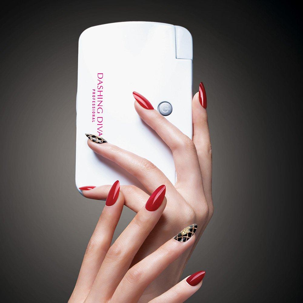 Amazon.com : Dashing Diva Professional Led Light Pod : Beauty ...