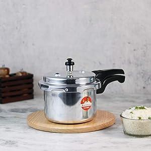 Wonderchef Ultima Outer Lid Indian Cooking Aluminum Pressure Cooker, 3 Quarts, Silver