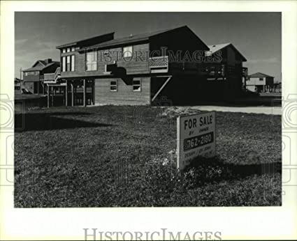 Amazon com: Vintage Photos 1987 Press Photo for Sale Sign by Robert