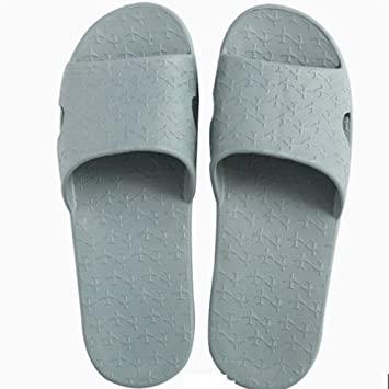 9e8685252a0f91 Comfortable Summer removable slippers Travel drag the anti-slip bath  slippers Portable word slippers Ladies