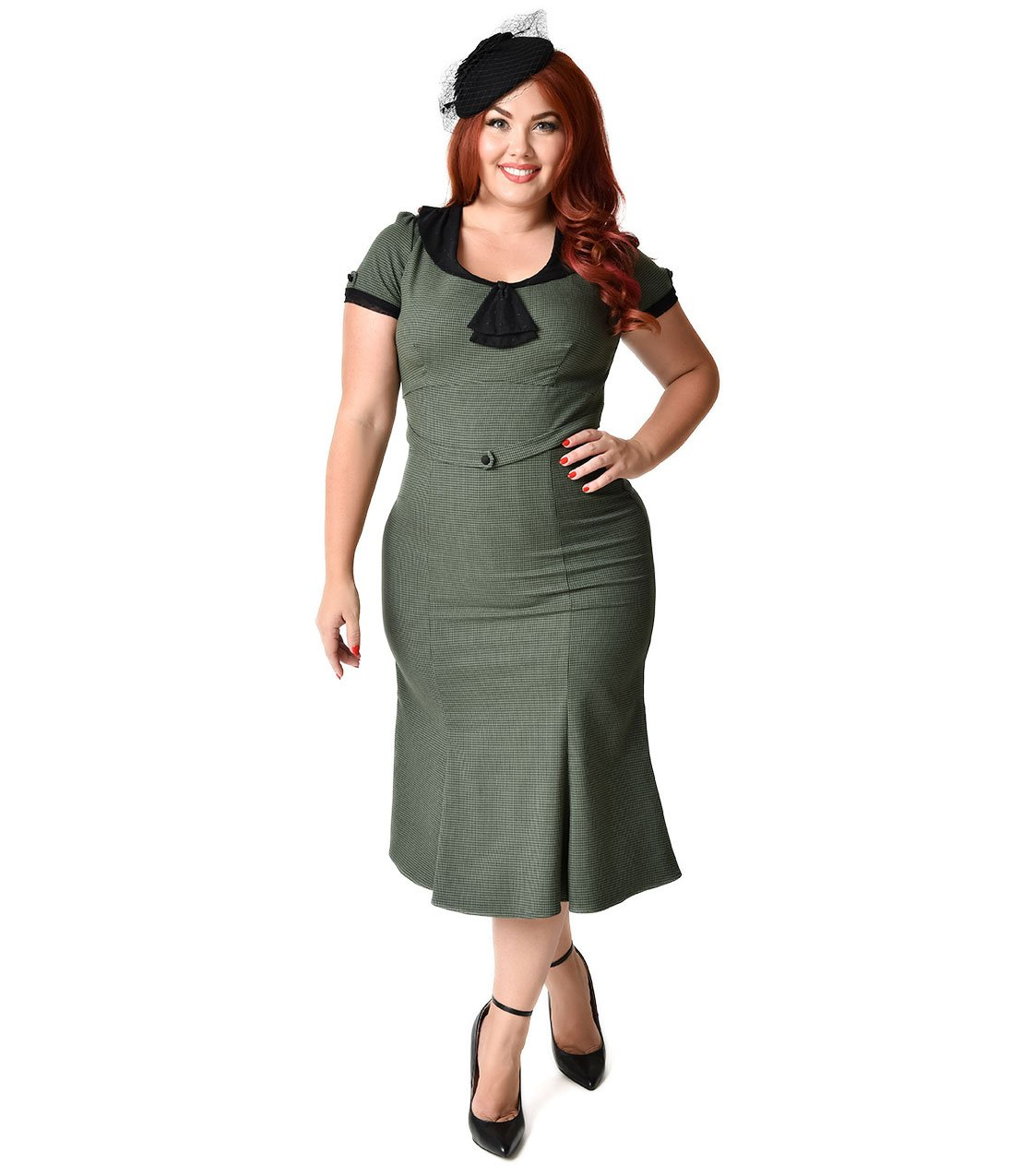 Exclusive Stop Staring! Plus Size 1930s Green Houndstooth & Black Lace Cap Sleeve Railene Dress