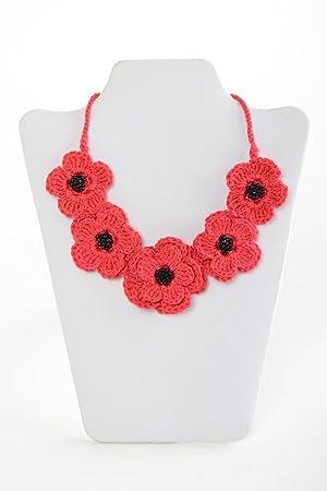 04cdb4445285 Collar tejido a ganchillo de algodon hecho a mano con flores elegante   Amazon.es  Hogar