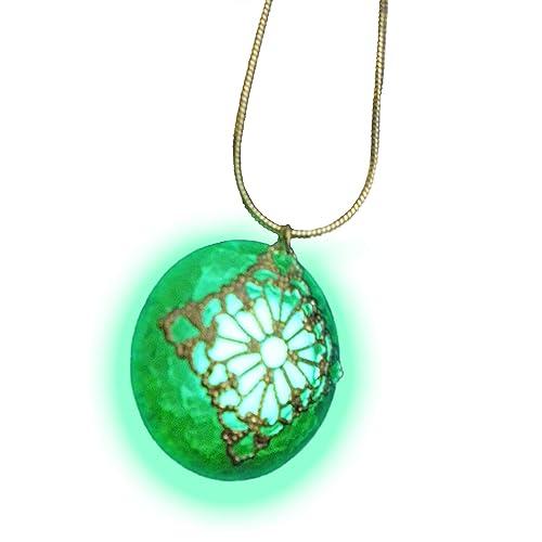 Green Dragon Egg-Glass Pendant Necklace