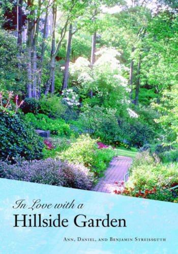 Download In Love with a Hillside Garden pdf