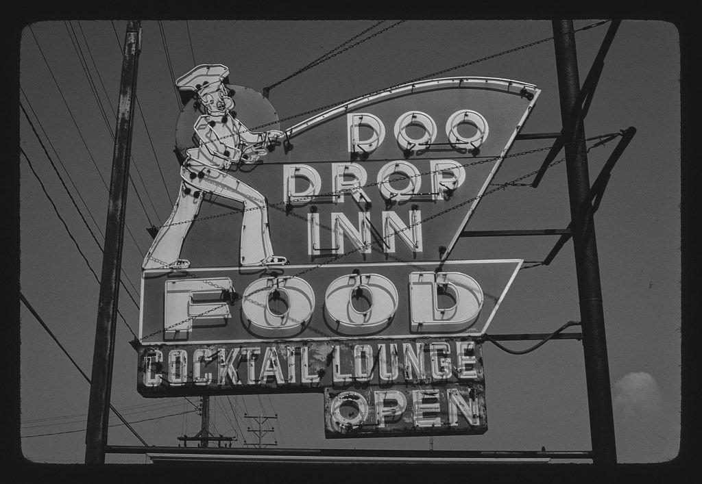 8 x 12 BW Photo of: Doo Drop Inn sign, Muskegon, Michigan 1980 Roadside America Margolies, John, photographer 30v