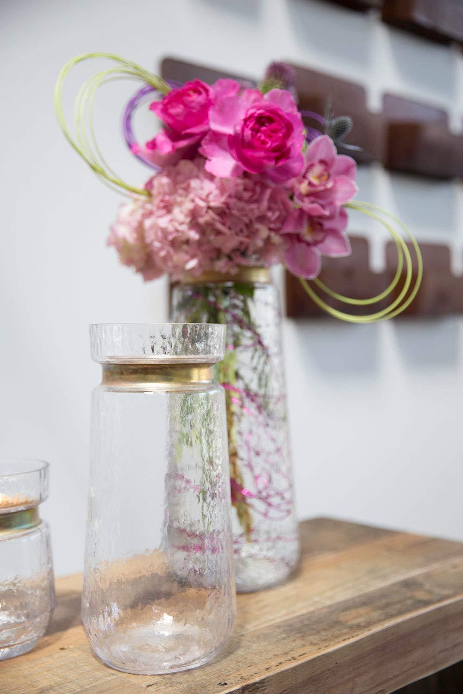 2da7b16819b Amazon.com  Accent Decor Jasmine Glass Vase Gold Trim (5.25