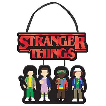 Amazon.com: Stranger Things - Mini cartel colgante (1 ct ...