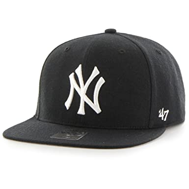 Amazon.com   47 New York Yankees Black and White Brand Captain ... 99eea3233ab