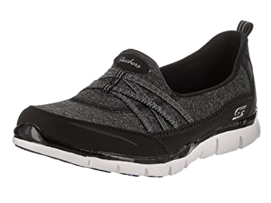 Skechers Gratis True Heart Womens Slip On Sneakers Black/White 6 c1jsmhbG4Q