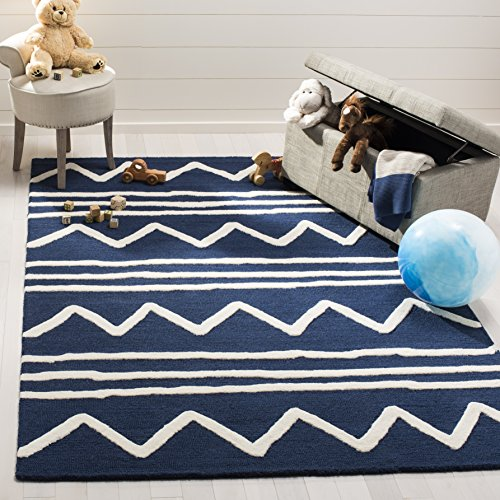 Safavieh Kids Collection SFK907N Handmade Navy and Ivory Zig Zag Wool Area Rug (4' x 6')
