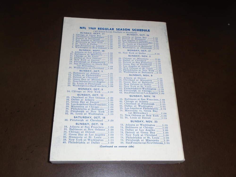 1969 NFL LEAGUE RECORD MANUAL GUIDE EX MINT JOHNNY UNITAS COVER EX MINT