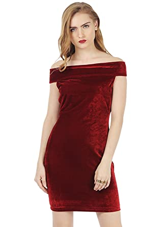 703a4685cda FabAlley Women s Velvet Strapless Dress  Amazon.in  Clothing ...