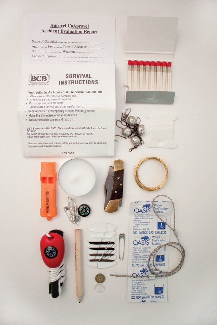 Bcb ck015l trekkers survival tin amazon sports outdoors solutioingenieria Choice Image