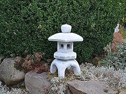 Estatuas para jardín Lámpara De Piedra Jardín Japonés Esculturas De Cuatro Esquinas Luces Decoración De La Lámpara 17.5 * 17.5 * 37cm: Amazon.es: Hogar
