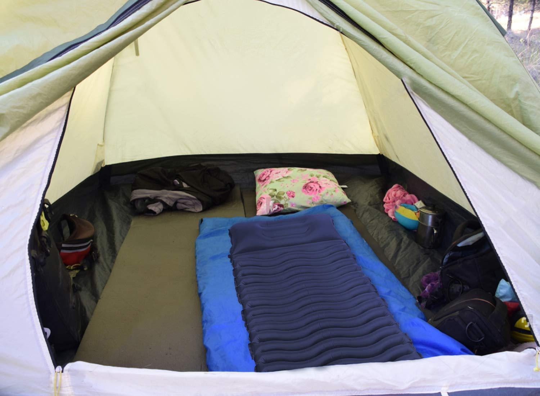 Aufblasbare Luftmatratze Camping Unigear Camping Isomatte Schlafmatte f/ür Outdoor MEHRWEG Feuchtigkeitsbest/ändig Wasserdicht und Rutschfest