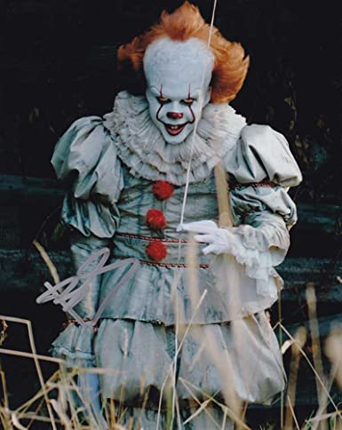 bill skarsgard in person autographed photo pennywise it at amazon s