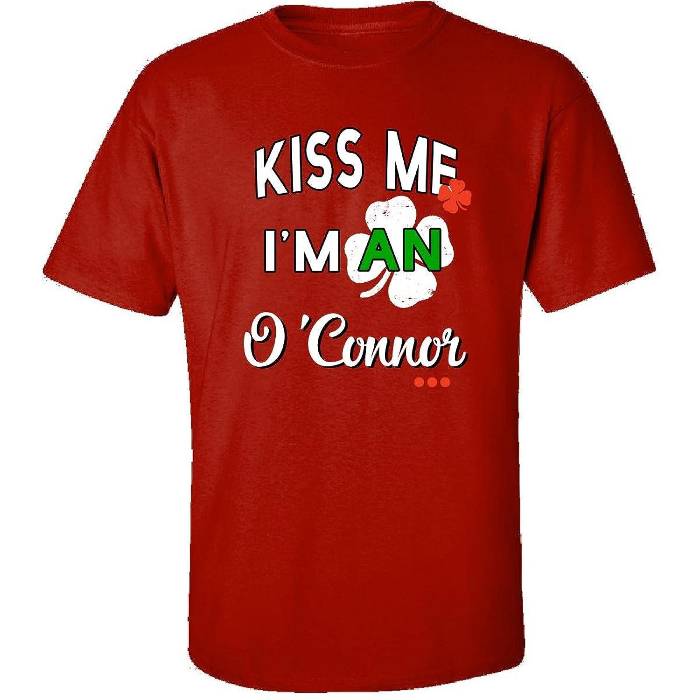 Funny St Patricks Day Irish Gift - Kiss Me Im An Oconnor - Adult Shirt