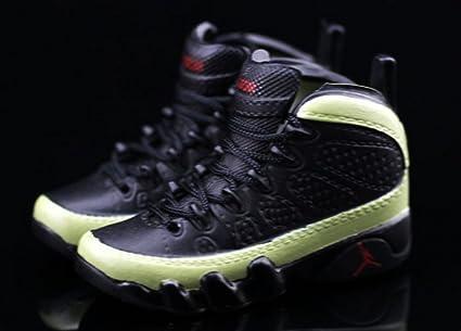 96e4fa12b98 Amazon.com   Air Jordan IX 9 Retro Olive Black OG Sneakers Shoes 3D  Keychain Figure 1 6   Everything Else