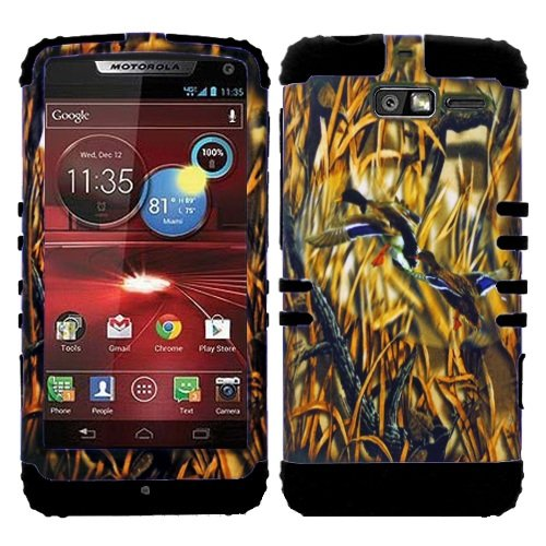(CellPhone Trendz Hybrid 2 in 1 Case Hard Cover Faceplate Skin Black Silicone and Camo Mossy Hunter Flying Duck Snap Protector for Motorola DROID RAZR M (XT907, 4G LTE, Verizon))
