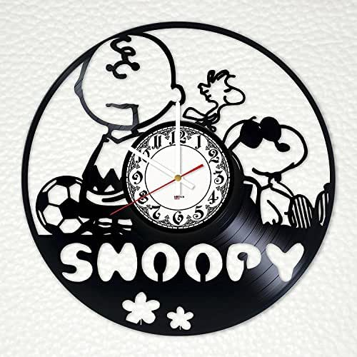 Amazon Com Snoopy Silhouette Vinyl Record Wall Clock