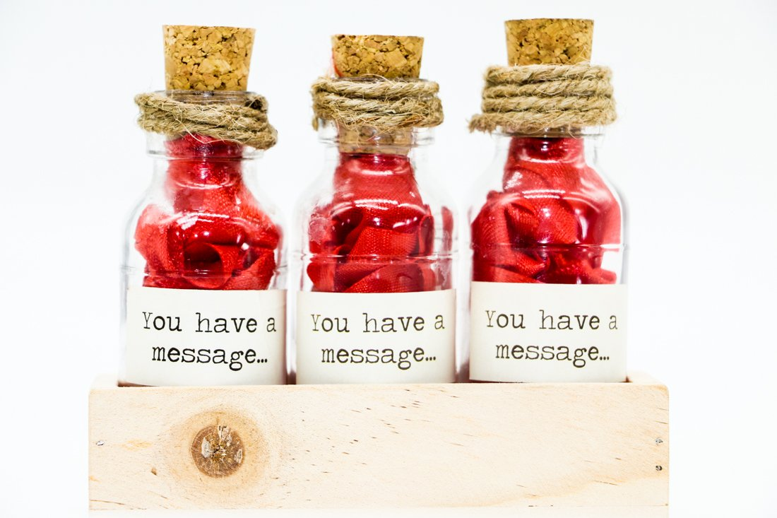 Oye Happy Romantic Message In A Bottle (Red): Amazon.in: Toys & Games