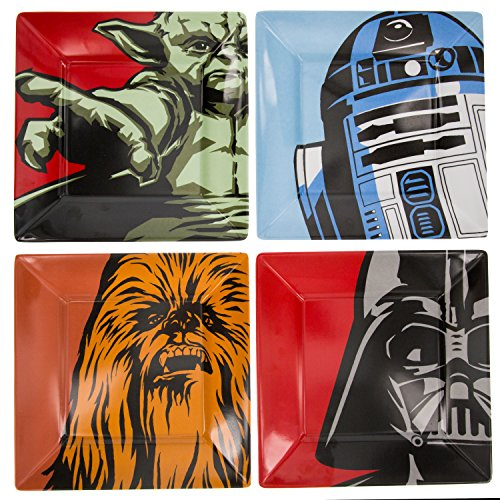 Star Wars Plate Set - Dishwasher Safe - Features Yoda, Darth Vader, R2D2 and Chewbacca by Star Wars (Image #2)