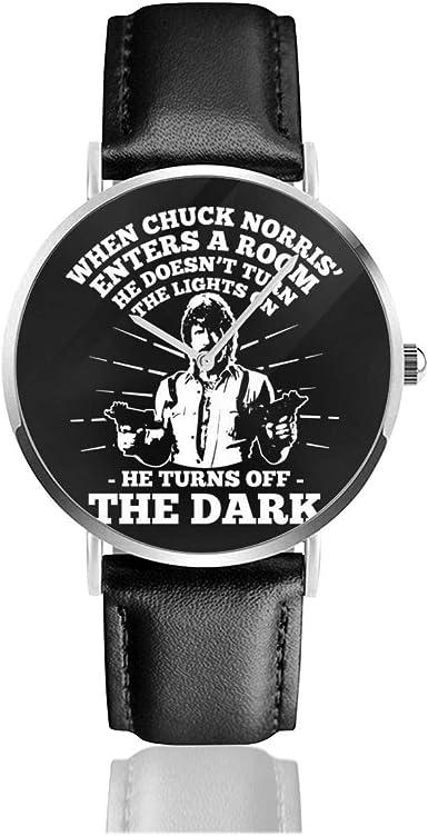 Chuck Norris Turns Off The Dark - Reloj de cuarzo con correa de piel negra para hombres y mujeres, colección joven regalo: Amazon.es: Relojes