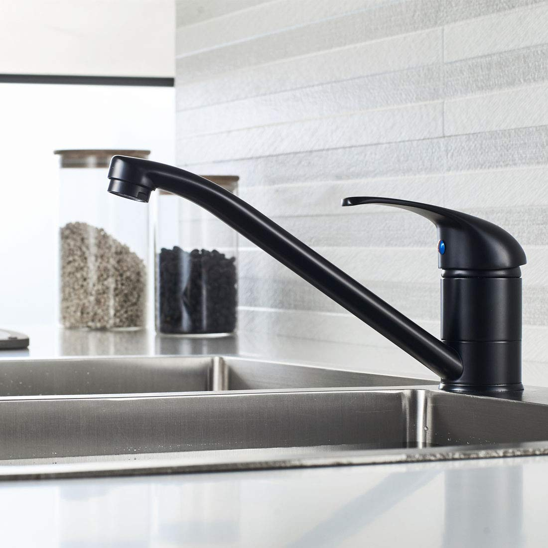 Luckyhome Kitchen Sink Mixer tap Contemporary Chrome Finish Swivel Body Brass Fitting Monobloc Single Lever Faucet