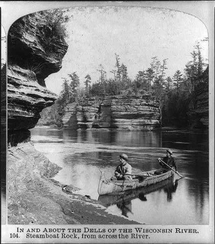 Photo: Dells,Wisconsin River,Steamboat Rock,Across River,Hunters in ()