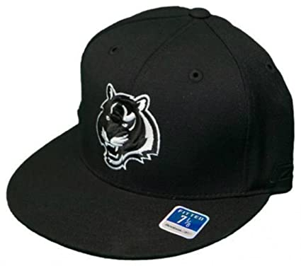 Image Unavailable. Image not available for. Color  Cincinnati Bengals  Fitted Size 7 1 8 Hat Cap Black And White 7c19cfad1ee2