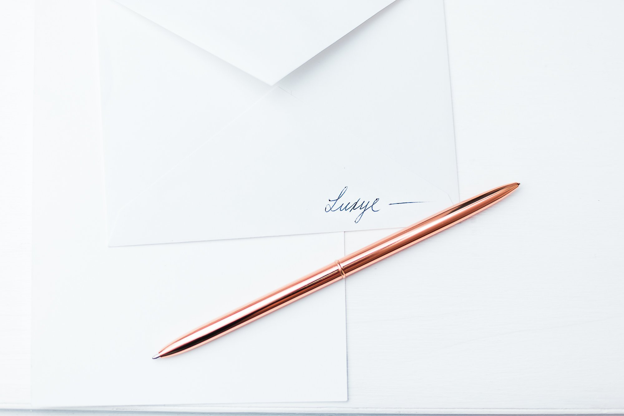Rose Gold Pens 6 Piece Pen Set - Lightweight Rose Gold Metal Ballpoint Pen in Black Ink in White Glossy Gift Box - Rose Gold Office Decor Supplies (Rose Gold / Black Ink) by Luxye (Image #3)