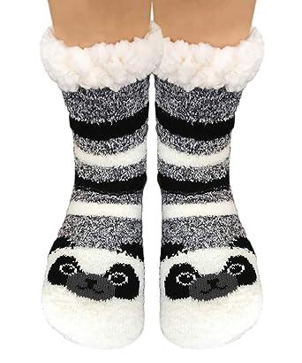 987190d1d TOSKATOK Ladies Girls Warm Winter Fluffy Fun Super Soft Animal Fleece Lined  anti slip gripper Bed Slipper Socks-PANDA  Amazon.co.uk  Clothing