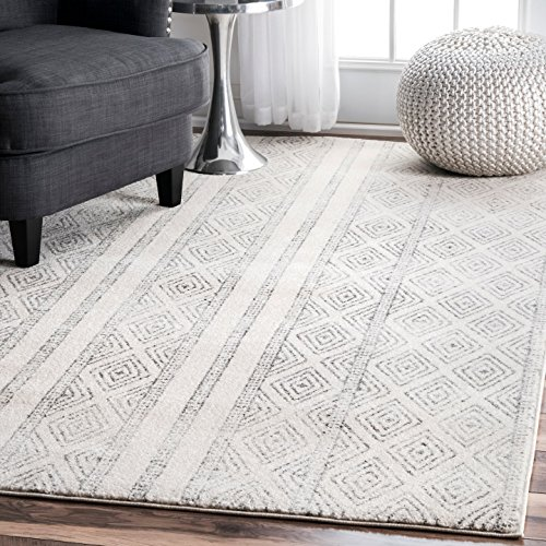 nuLOOM Grey Sarina Diamonds Rug, 5 Feet by 7 Feet 5 Inches by nuLOOM