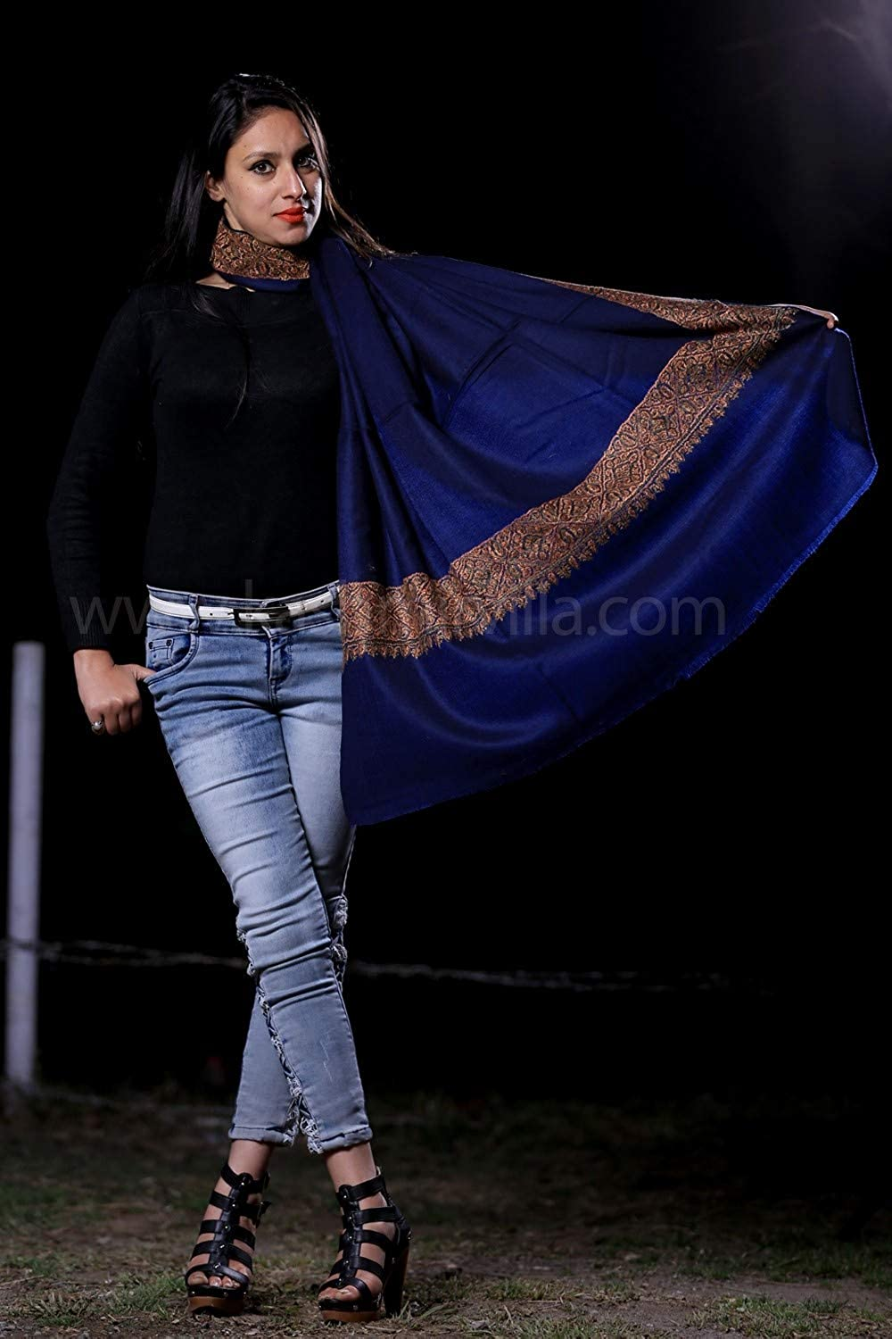 NavyBlue Colour SemiPashmina Sozni Shawl With Beautiful Border Owning A Unique Accessory.