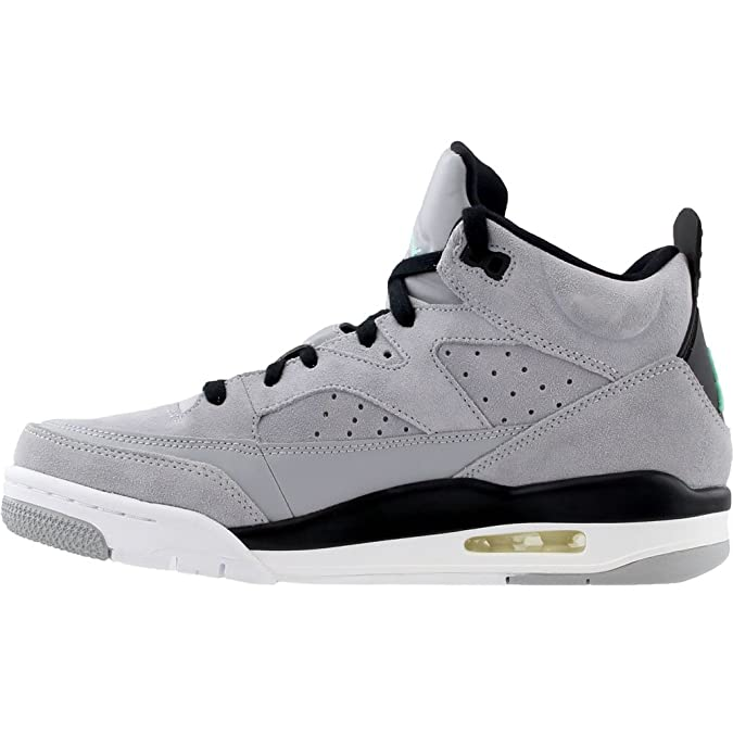 online store d41c7 f5fec Amazon.com   Nike Mens Air Jordan Son of Mars Low Basketball Shoe    Basketball