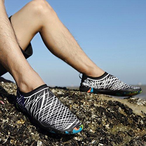 Ceyue Mens Womens Wasser Schuhe Quick Dry Swim Schuhe Sport Aqua Schuhe mit 14 Drainage Löcher Weiß schwarz