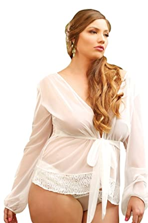 079171bdb92 Amazon.com  Fantasy Plus Size Kelly Crochet Bridal Robe Set  Clothing