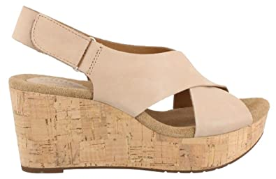 27cf8722cb Image Unavailable. Image not available for. Colour: Clarks Women's Caslynn  Shae,Light Tan Nubuck ...